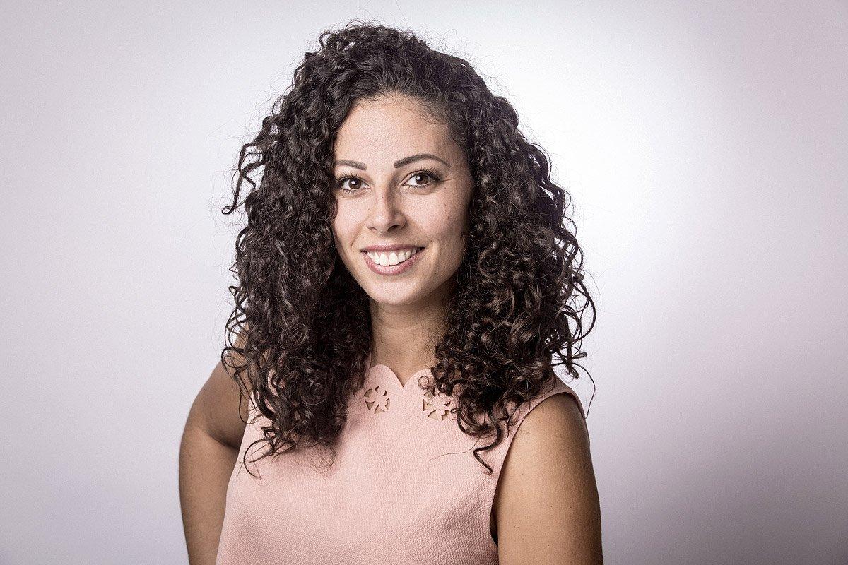 Portrait de Marie Palombo responsable d'affaires chez Seres Technologies à Marseille