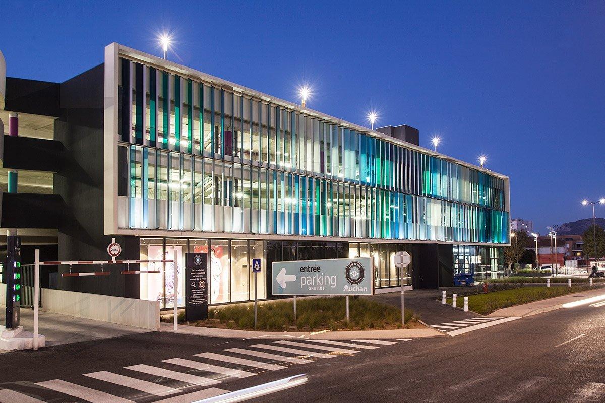 Centre Commercial Auchan, La Seyne Sur Mer, France - Photographie : Denis Dalmasso