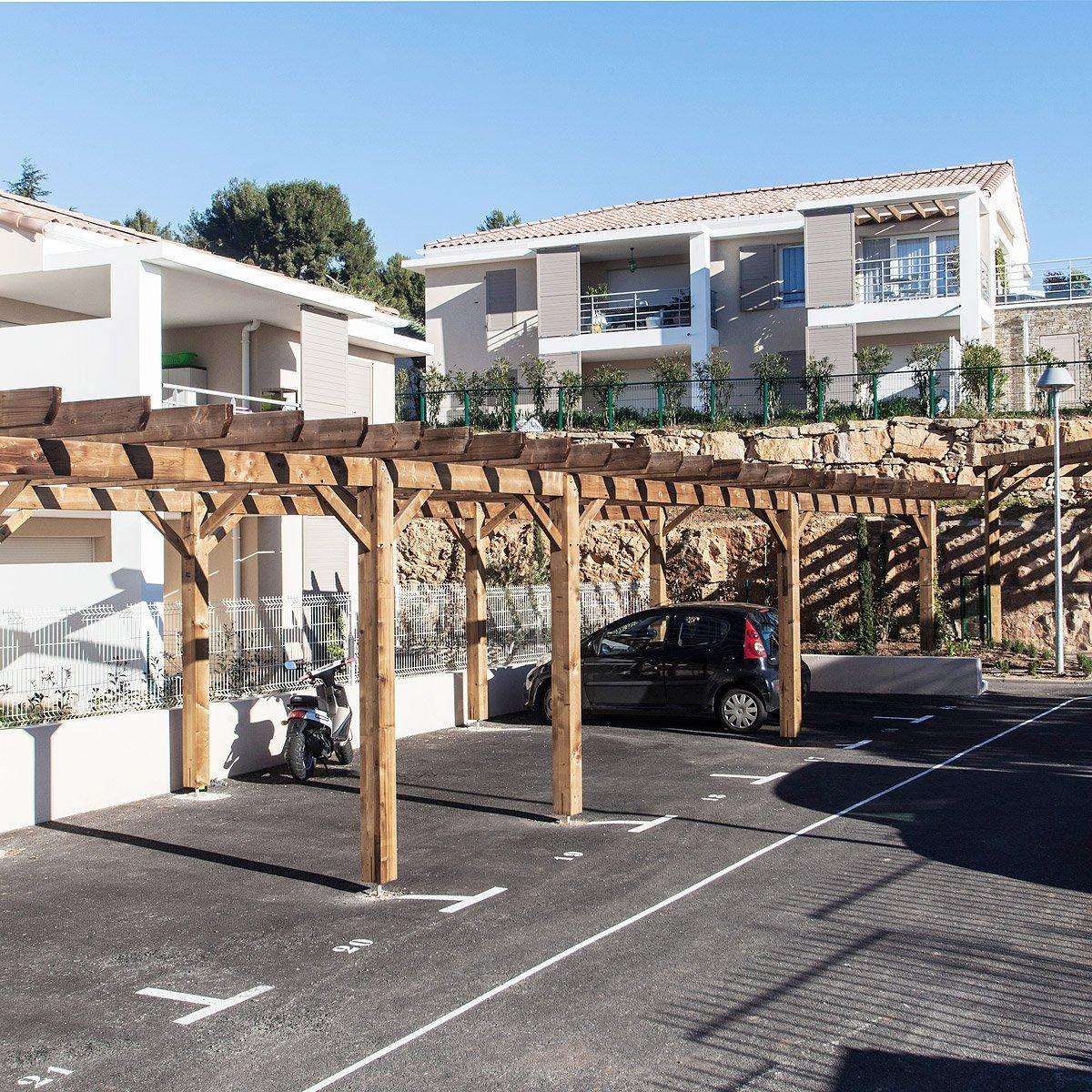 Parking d'une résidence conçue par le promoteur Vinci Immobilier photographié par Denis Dalmasso Photographe d'architecture à Aix-en-Provence
