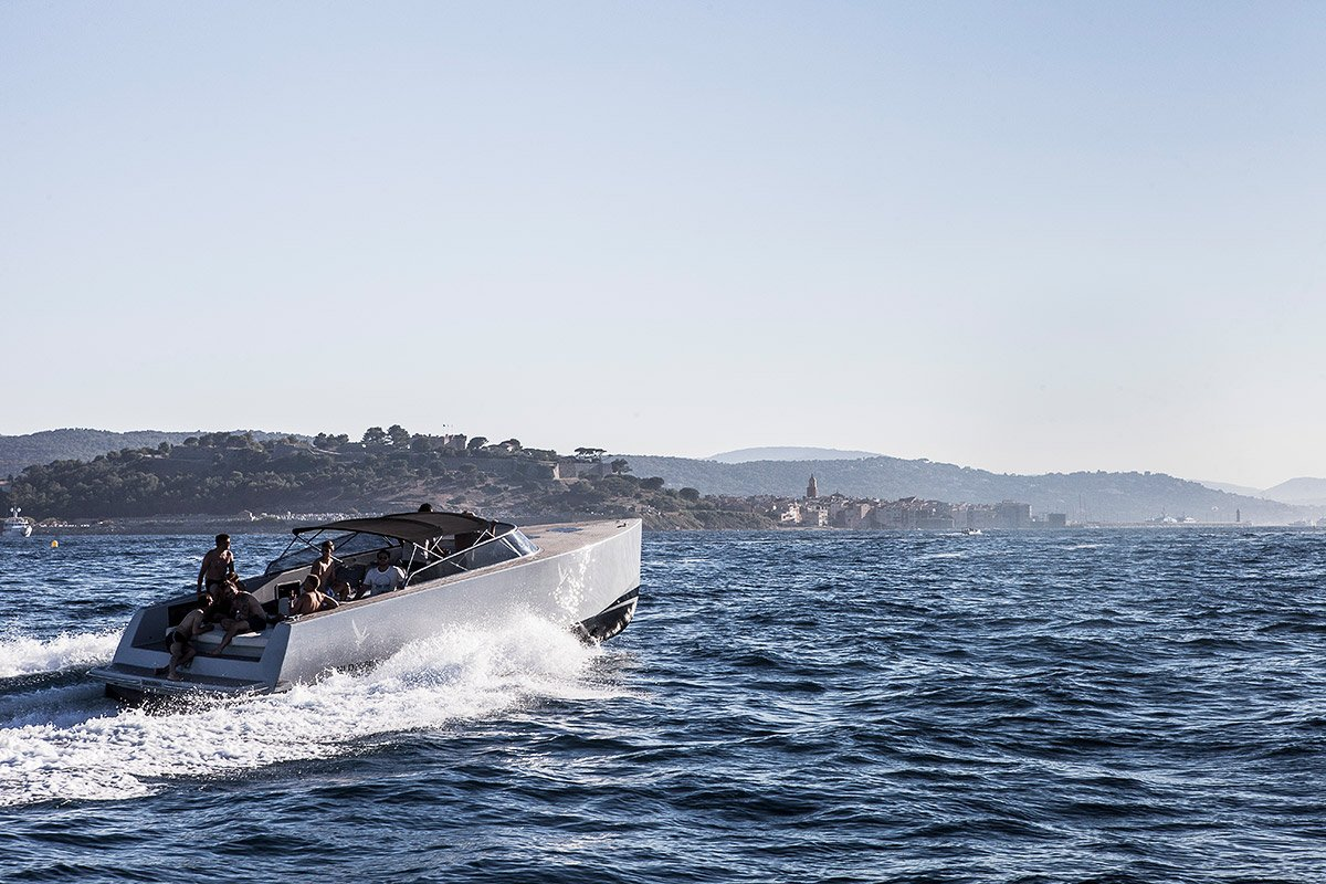 Blue Boat sailing to Saint-Tropez during an incentive trip organized for Bacardi limited and photographed by Denis Dalmasso French photographer in south of France