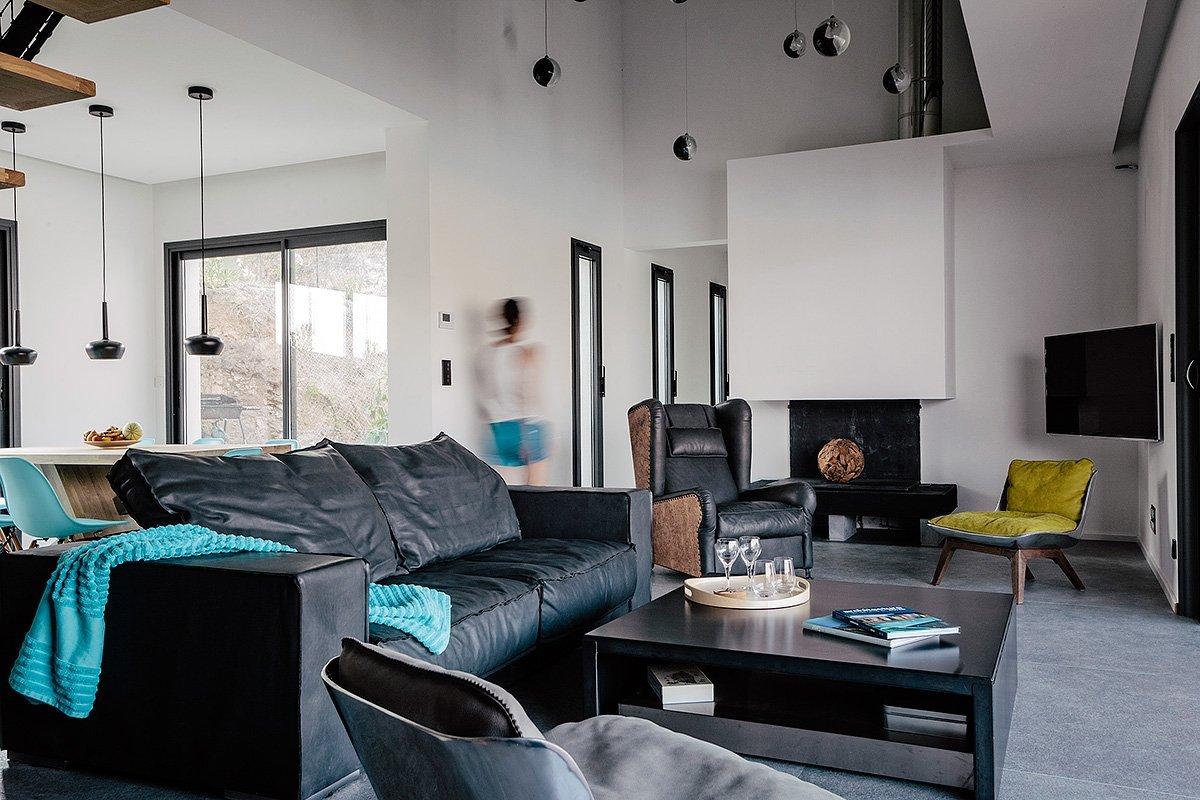 Intérieur design d'une maison d'architecte © Denis Dalmasso