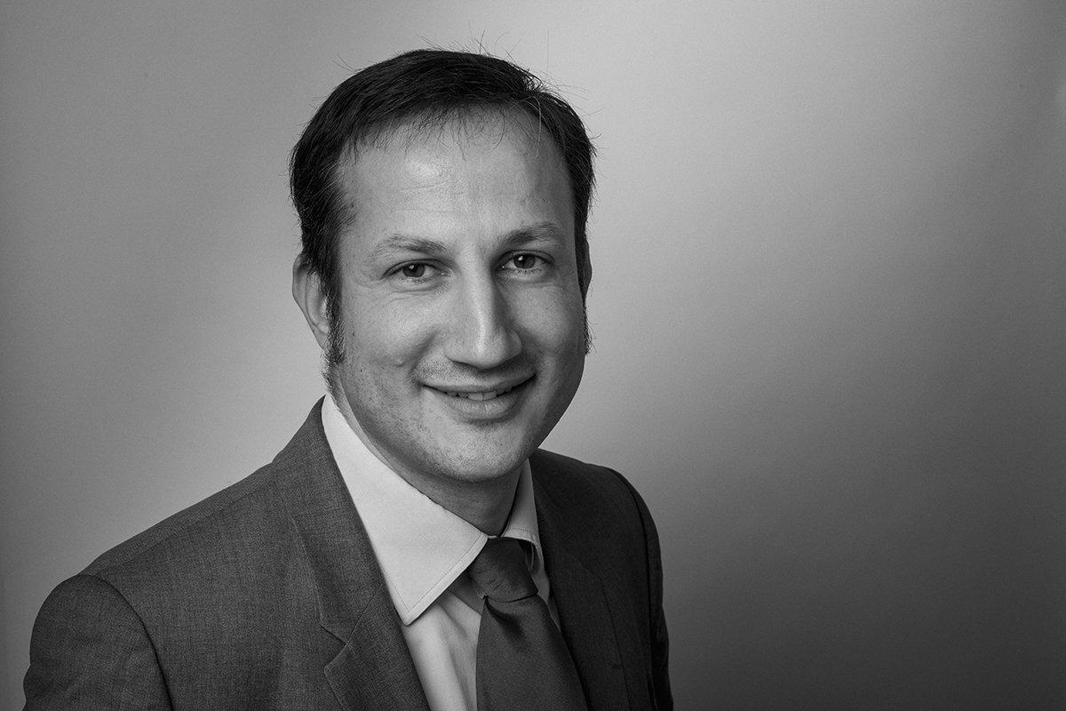 Portrait de Me Philippe Hage, avocat, cabinet Robert & Associés, Aix-en-Provence